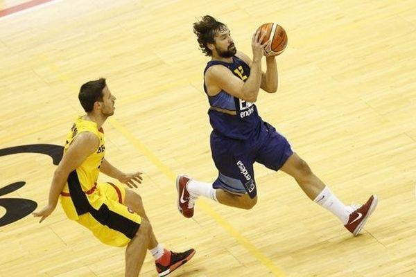 Ευρωμπάσκετ 2015: Νίκη με το... στανιό για την Ισπανία!