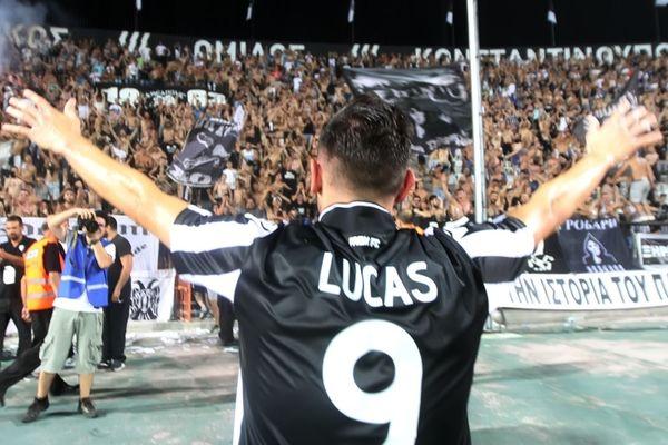 Υπέγραψε τα μεσάνυχτα ο Λούκας!