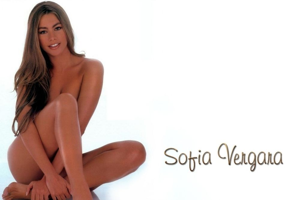 Το αξέχαστο μασάζ στη μισόγυμνη Σοφία Βεργκάρα! (video)