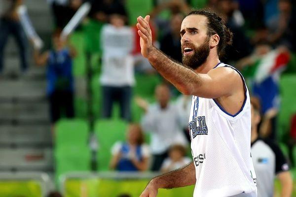 Ευρωμπάσκετ 2015: Σοκ με Ντατόμε