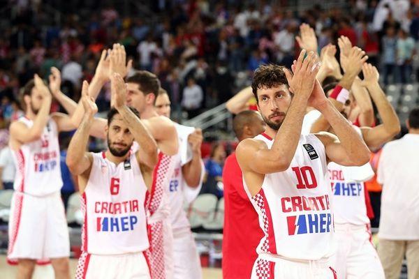 Ευρωμπάσκετ 2015: Έτσι «καθάρισαν» τα Σκόπια οι Κροάτες (video)