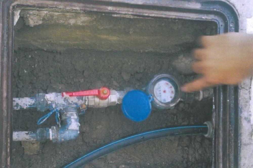 Τους έκοψαν την παροχή νερού λόγω παράνομης σύνδεσης!
