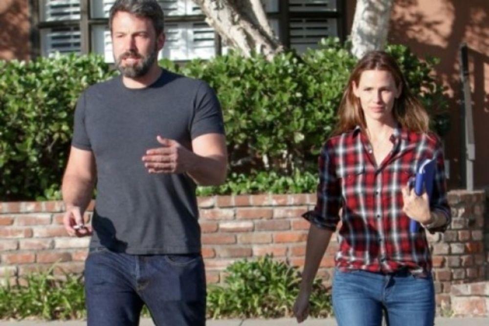 Tο… δράμα συνεχίζεται: Τι πραγματικά συμβαίνει μεταξύ του Affleck και της Garner;