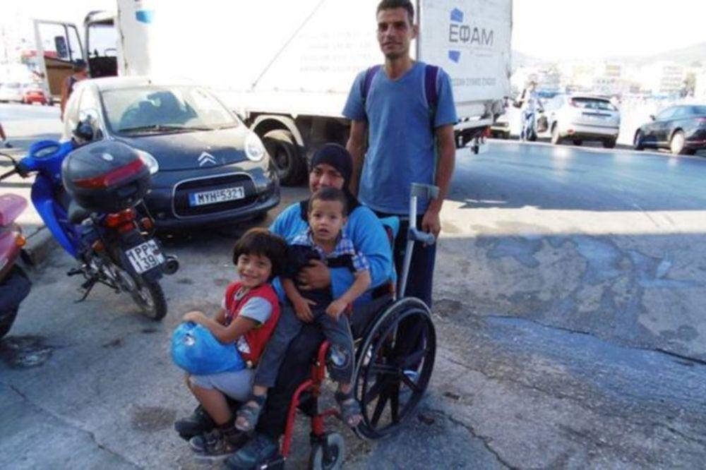 Το κόστος της προσφυγιάς: 1.000 δολάρια για να μεταφερθεί ένα αναπηρικό καροτσάκι