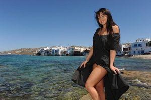 Η νέα μούσα της «Sirina» είναι από τη Μύκονο!!! (photos)