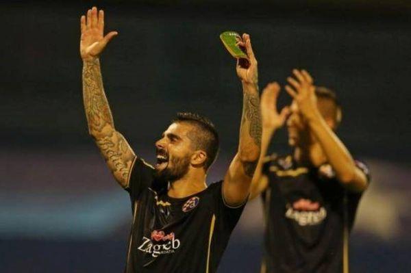 Παίκτης του Ολυμπιακού υποδέχθηκε τον Μασάντο! (photo)