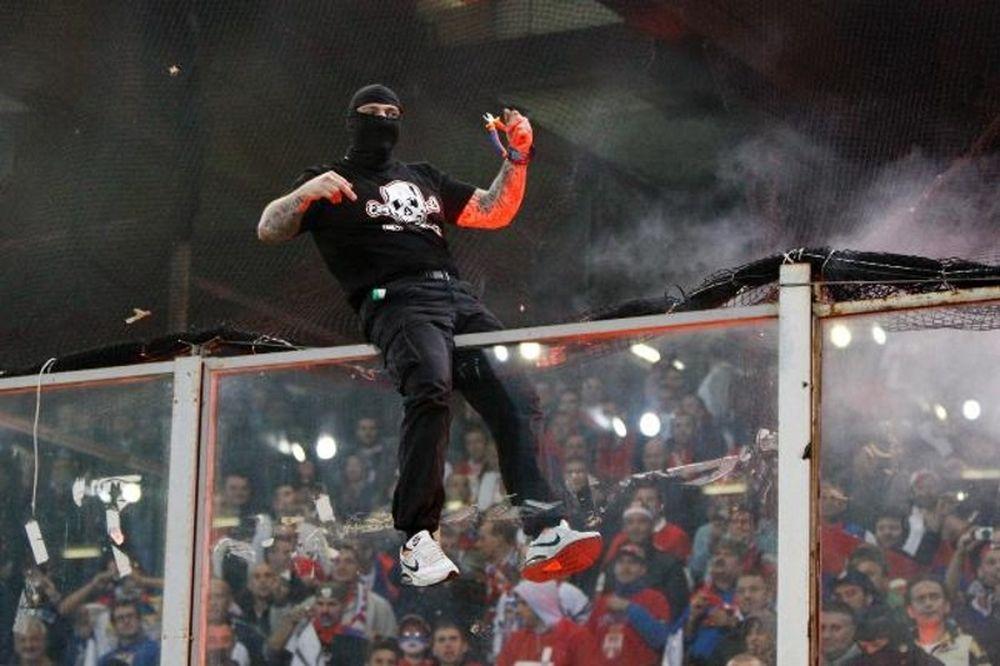Αλβανία-Σερβία: Στο Ελμπασάν οι Grobari!!! (photo)