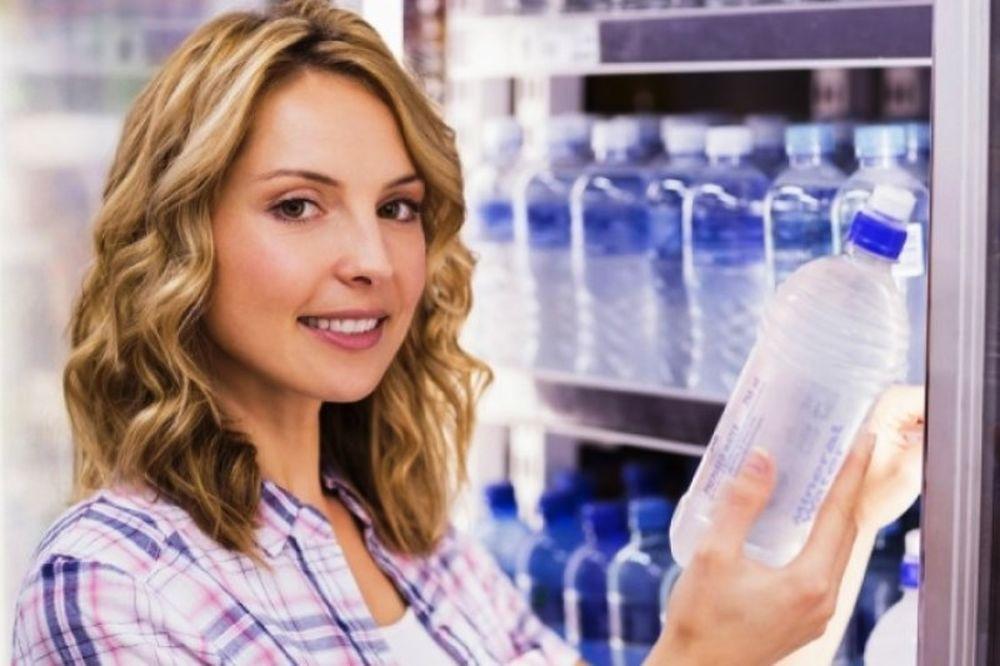 Το παγωμένο νερό αδυνατίζει: Μύθος ή αλήθεια;