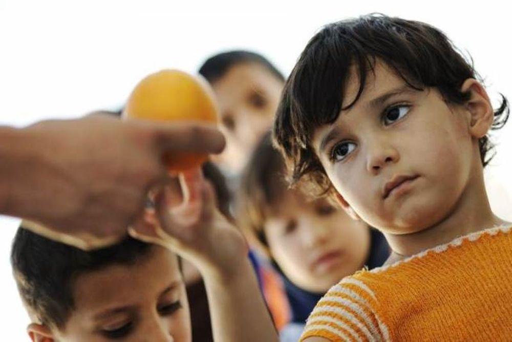 Ακούει κανείς; Χίλια παιδιά στην Πάτρα δεν έχουν να φάνε…
