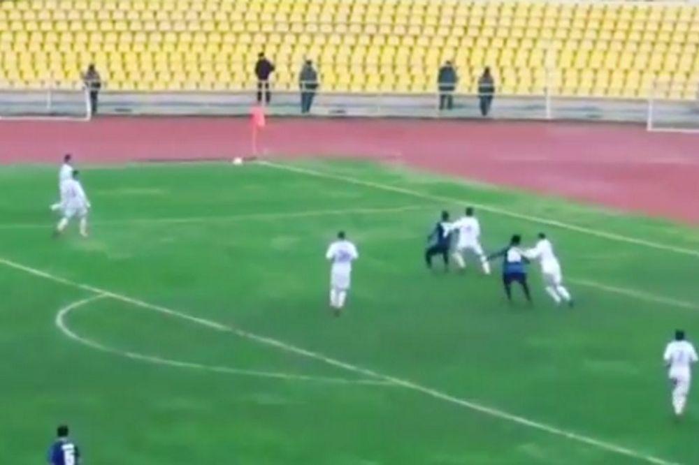 Το γκολ του... σκορπιού! (video)