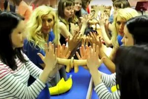 Σχολή για στοματικό έρωτα! (video)