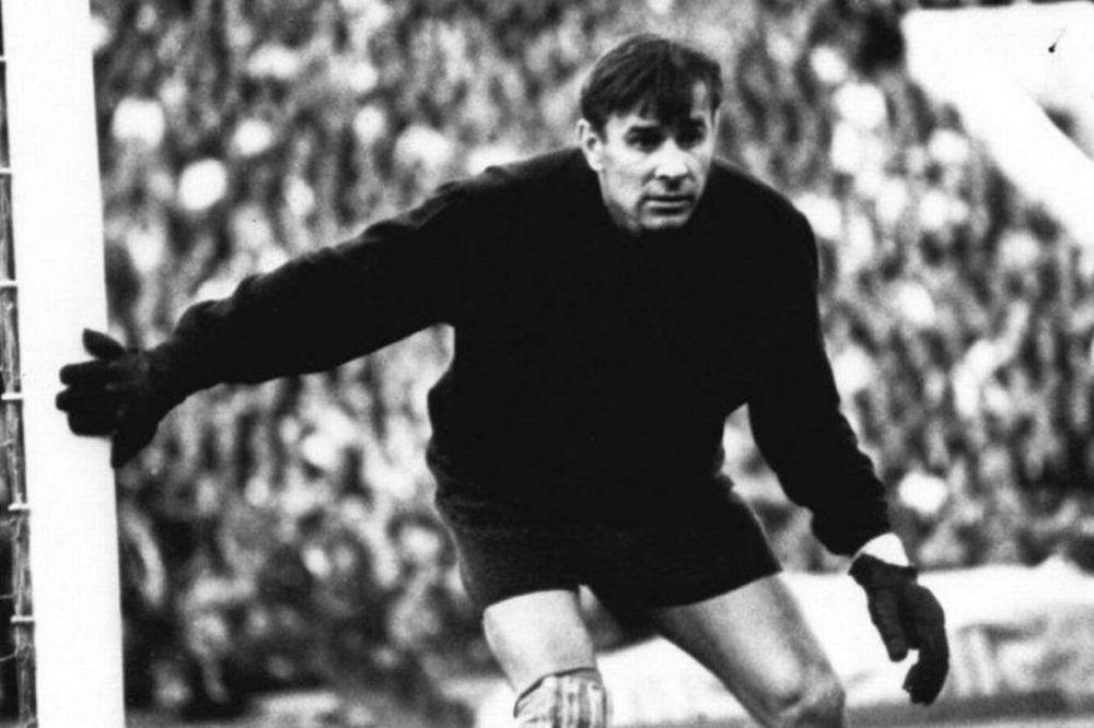 Retro Stories: Η «Μαύρη Αράχνη» του ποδοσφαίρου (videos)