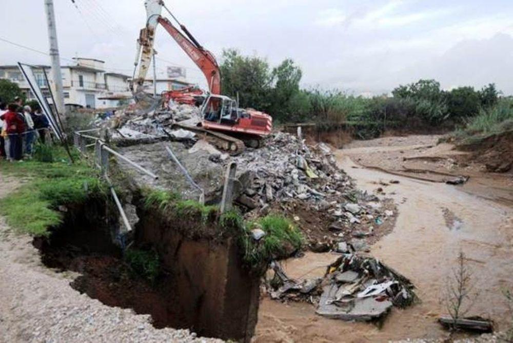 Εικόνες που σοκάρουν! Δείτε όλες τις καταστροφές από τον καιρό στην Ελλάδα