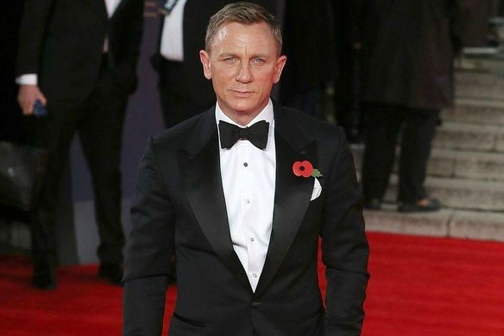 Γιατί πρέπει να αντιγράψεις το στυλ του Daniel Craig