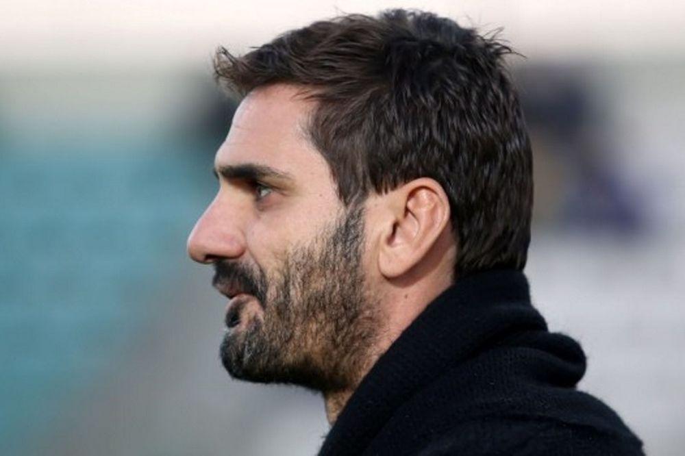 Ελευθερόπουλος: «Κοιτάμε μόνο το Πρωτάθλημα»