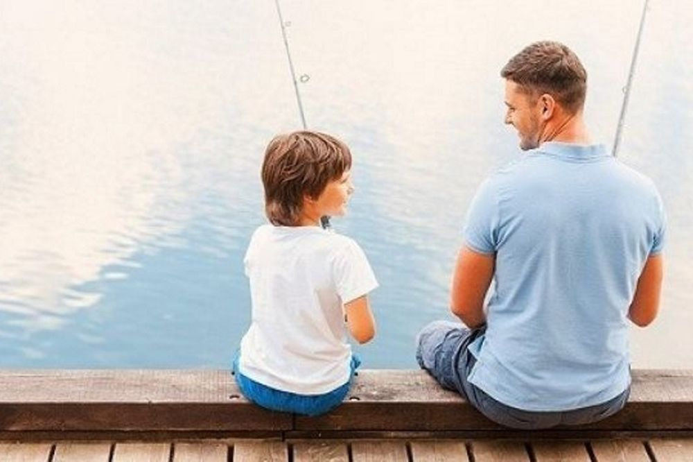 Για αυτούς τους λόγους δεν μπορείς να είσαι φίλος με το παιδί σου