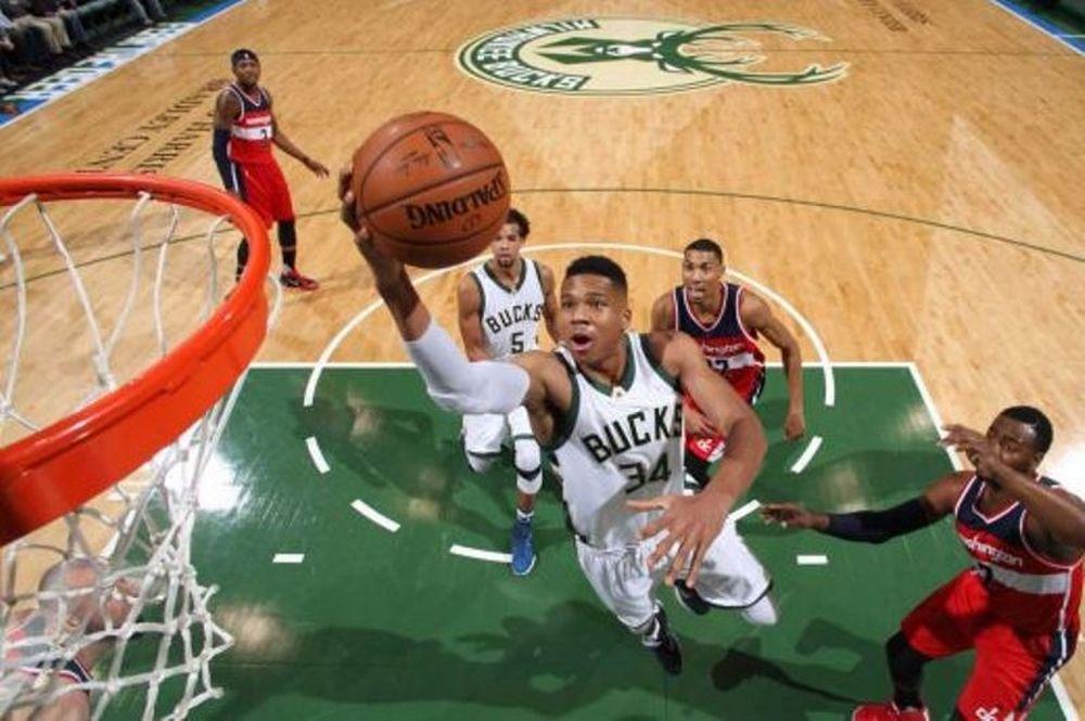 NBA: Νέα μεγάλη εμφάνιση από τον Αντετοκούνμπο