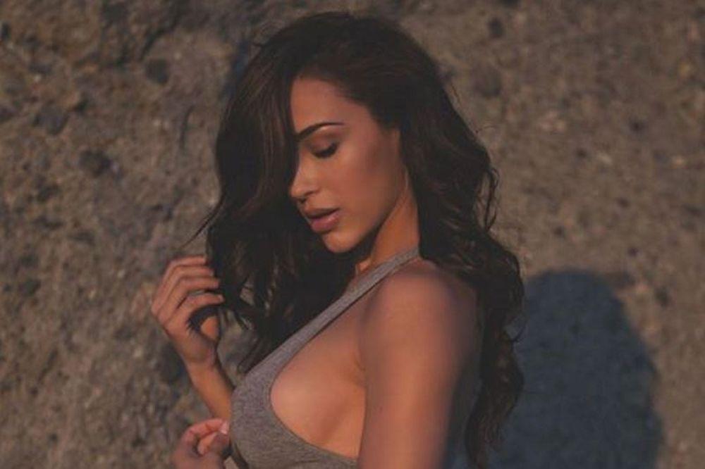 Η Αna Cheri γυμνή θα σου φτιάξει τη μέρα! (photos+videos)