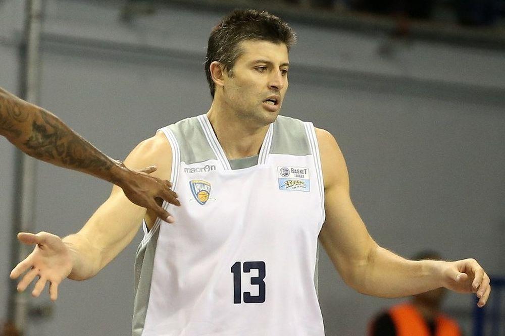 Καλλινικίδης: «Δεν σκεφτόμαστε οτιδήποτε άλλο πέρα από τη νίκη»