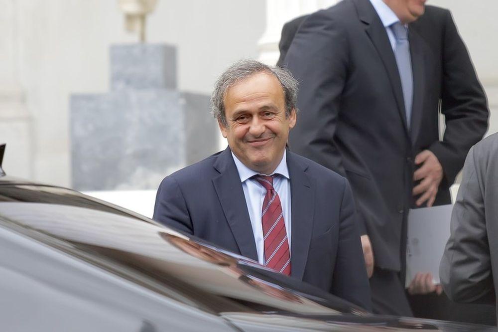 Ο Πλατινί απέσυρε την υποψηφιότητά του για την προεδρία της FIFA