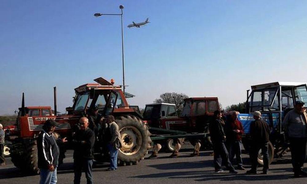 Μπλόκα αγροτών: Συνεχίζουν με αποκλεισμούς οι αγρότες στην Ήπειρο