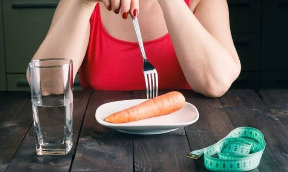 Στερητικές δίαιτες και οστεοπενία: Τι πρέπει να προσέχετε