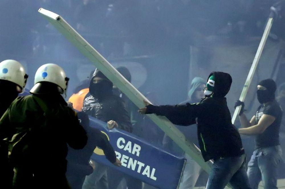 Εγκληματική ομάδα που μετείχε στα επεισόδια της Λεωφόρου στα χέρια της Αστυνομίας! (photos)
