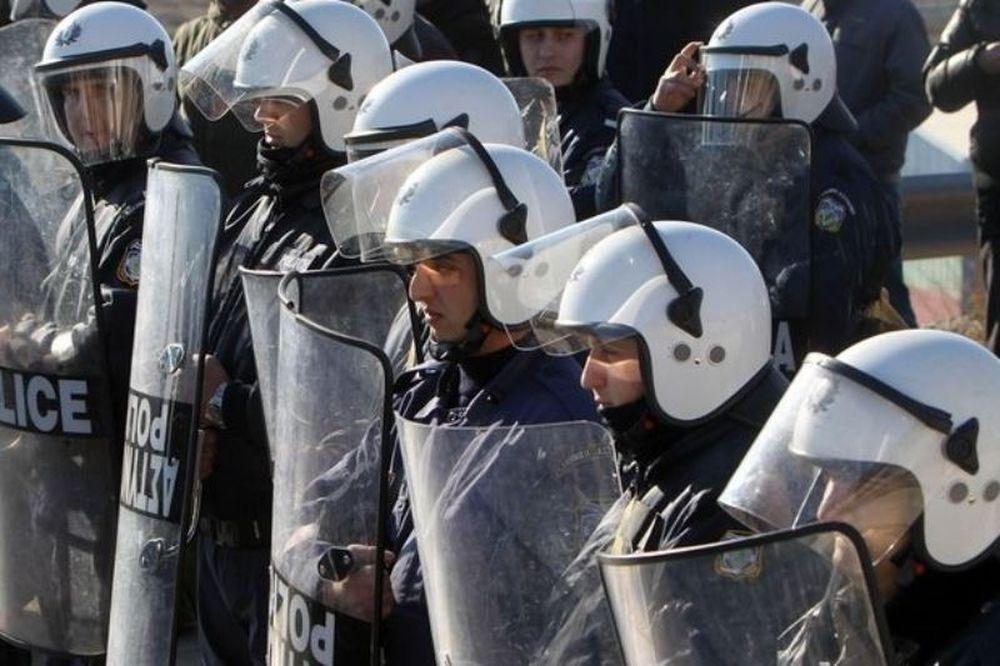 Ενέδρα θανάτου οπαδών του Ολυμπιακού σε αστυνομικούς