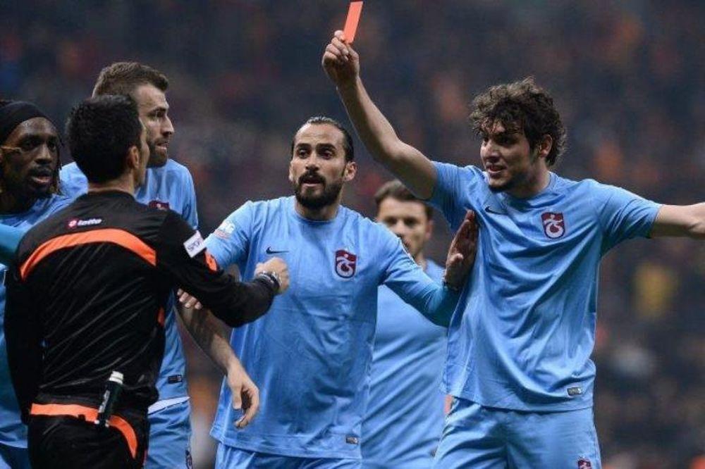 «Κηδεία» για το τούρκικο ποδόσφαιρο! (photo)