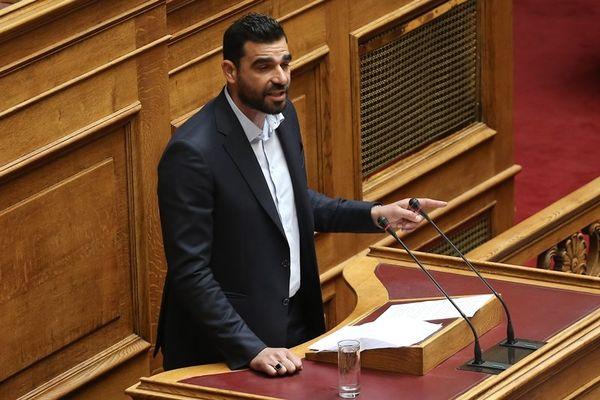 Κωνσταντινέας: «Θα διέκοπτα και το πρωτάθλημα»