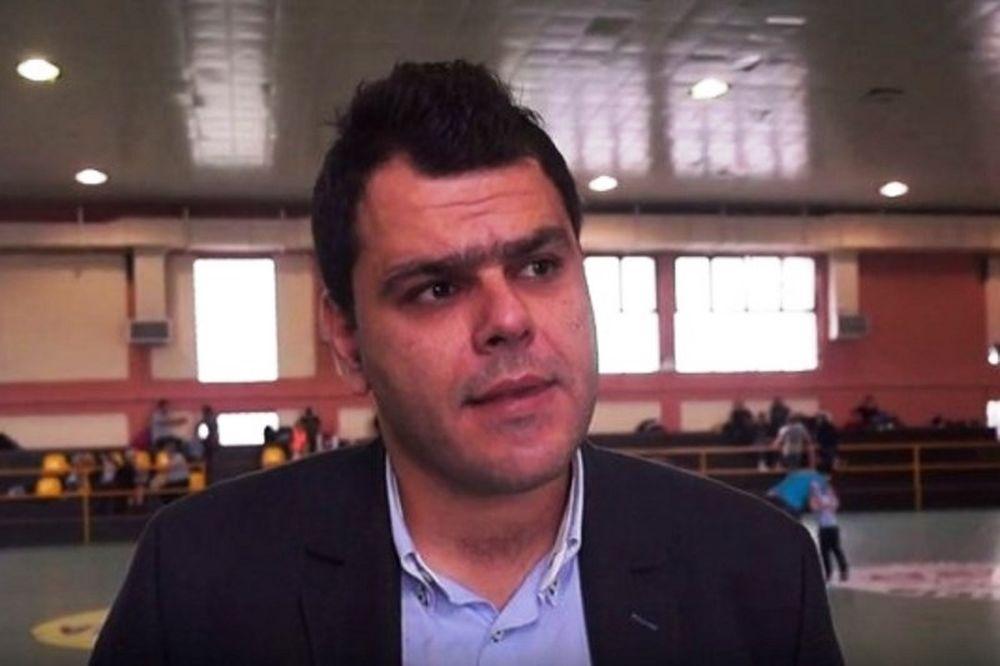 Τοπαλίδης: «Ρατσιστές στον Ολυμπιακό»