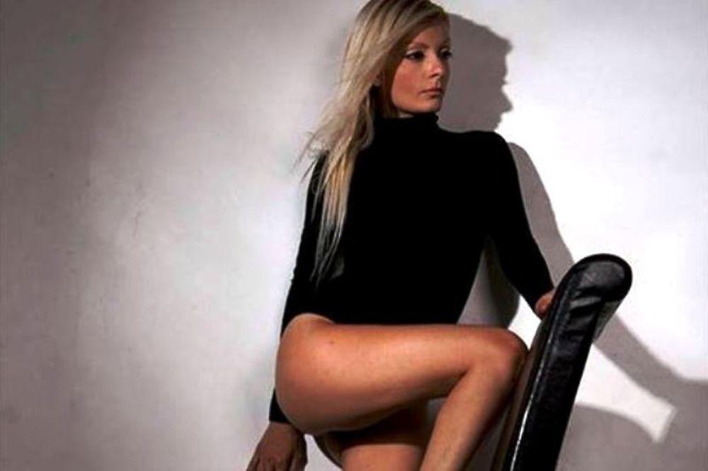 WND: Γνωρίστε τη Roula Green (photos)