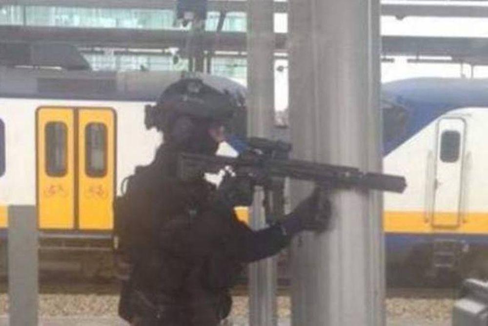 Βρυξέλλες: Συγκλονιστικό βίντεο από σύλληψη υπόπτου (video)