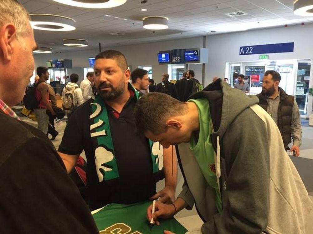 Λατρεία για Διαμαντίδη και στο αεροδρόμιο (photos)