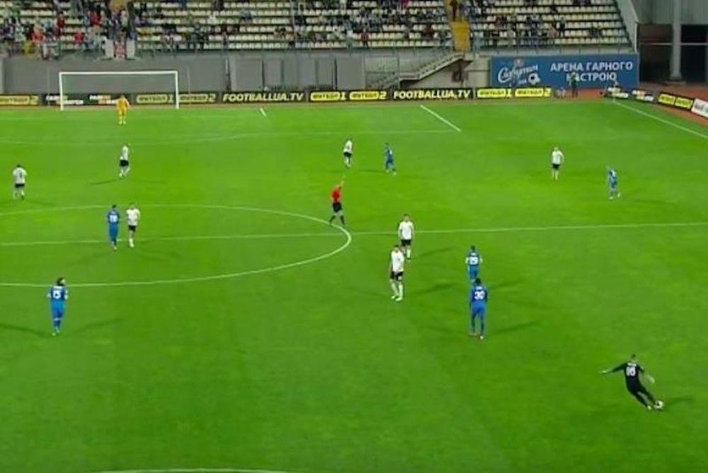 Τερματοφύλακας βάζει γκολ από την περιοχή του αλλά ακυρώνεται! (video)