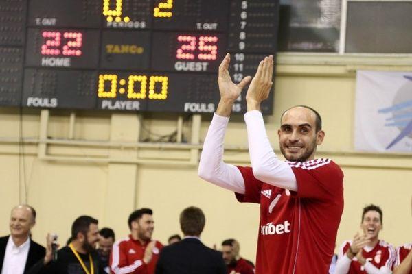Ολυμπιακός: Παρέμεινε ο Σουλτανόπουλος