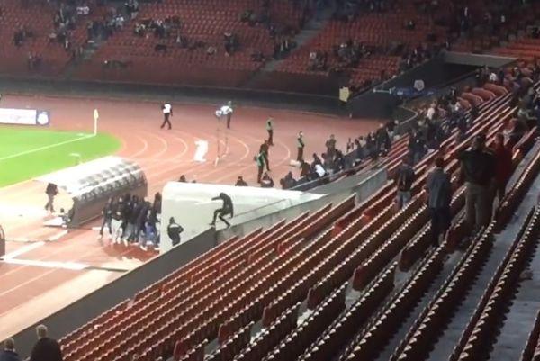 Οπαδοί πήραν στο κυνήγι τους ποδοσφαιριστές της Ζυρίχης (video)