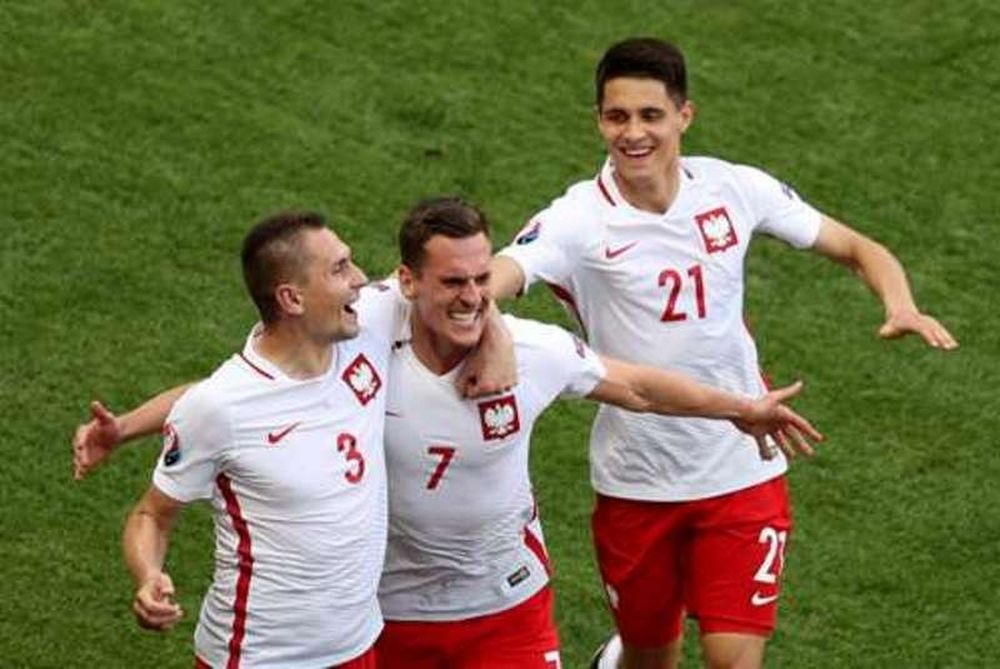 Euro 2016 - Πολωνία - Β. Ιρλανδία 1-0: Ο Μίλικ έκανε τη διαφορά (photos)