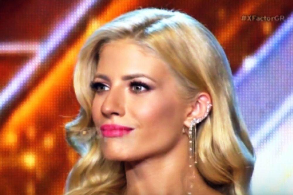X Factor: Η Αραβανή τα έβγαλε όλα στη σκηνή (photo)