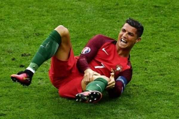 Euro 2016: Τραυματίας και αλλαγή στο 25' ο Κριστιάνο! (video)