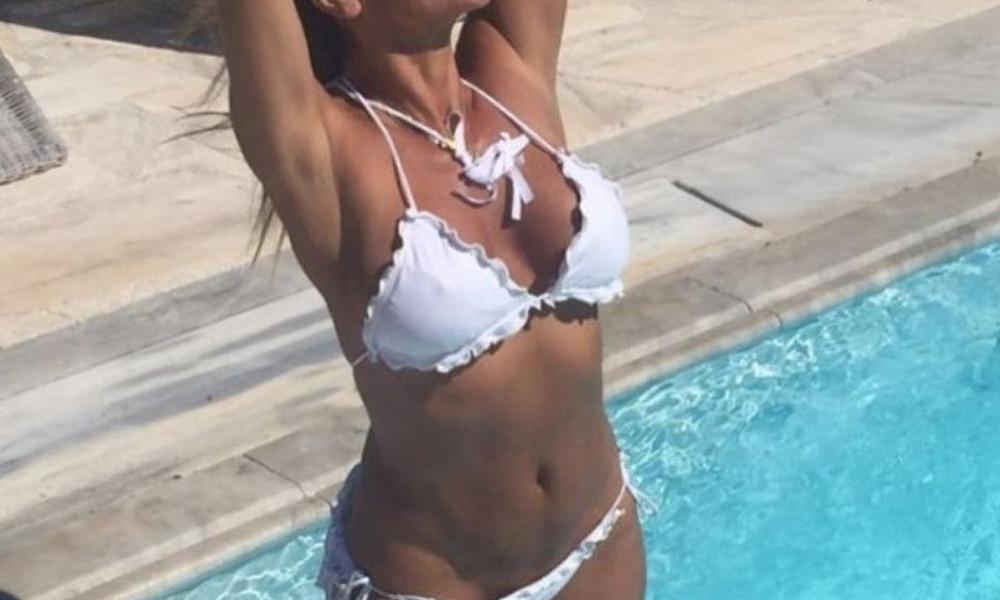 Αυτή είναι η Ελληνίδα 40άρα που… διαλύει τις 20άρες! (photos)