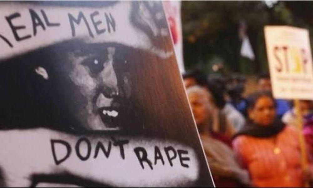 Φρίκη: Εκατοντάδες βίντεο με ομαδικούς βιασμούς πωλούνται καθημερινά στην Ινδία