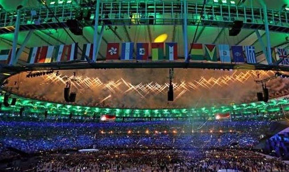 Ολυμπιακοί αγώνες 2016: Απίστευτο! Έσβησε η Ολυμπιακή Φλόγα στο Μαρακανά (video)