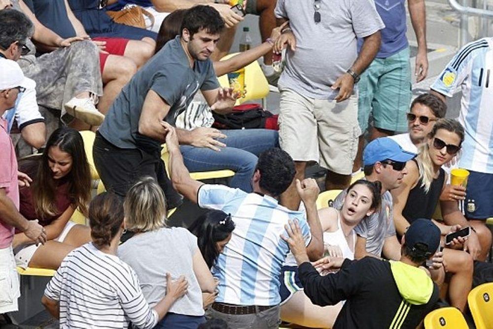 Ρίο 2016: Μπουνιές μεταξύ Βραζιλιάνου και Αργεντινού στις εξέδρες γηπέδου τένις! (photos+video)