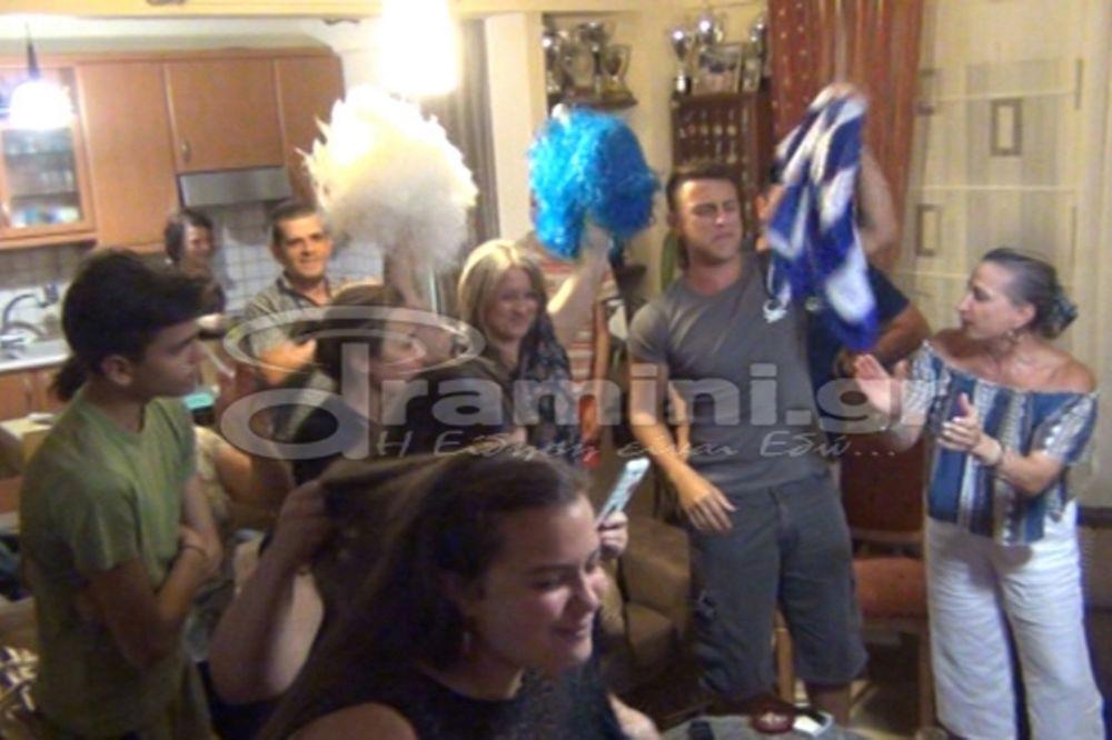 Ρίο 2016: Οι έξαλλοι πανηγυρισμοί στο σπίτι της Άννας Κορακάκη! (photos+video)