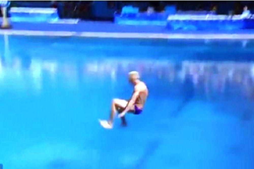 Ρίο 2016: Χρυσός Ολυμπιονίκης στην χειρότερη βουτιά ever (video)