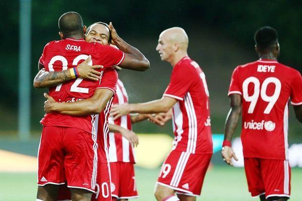 Πρώτο βήμα από Ολυμπιακό, 1-0 την Αρούκα