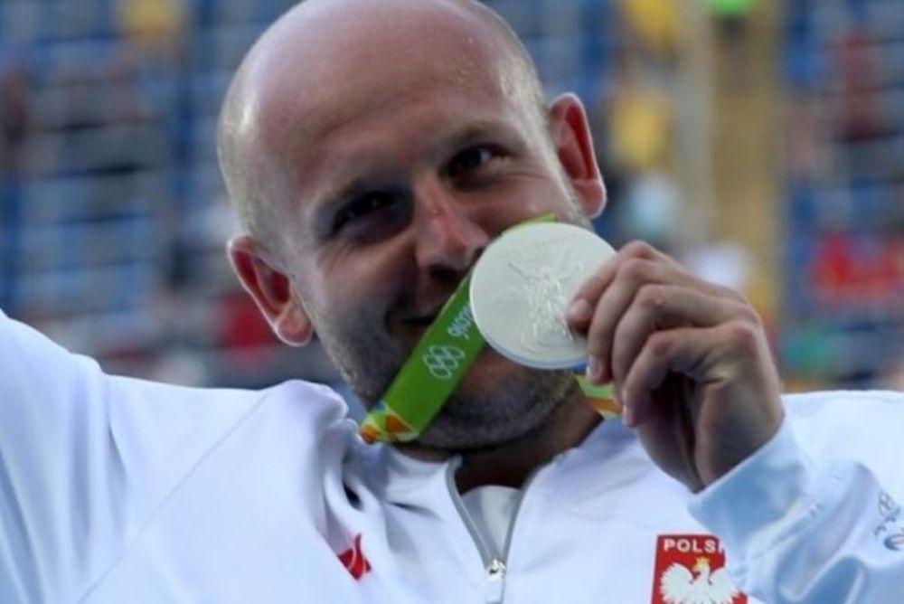 Ρίο 2016: Συγκίνηση για τον Ολυμπιονίκη που δημοπρατεί το μετάλλιο του για αγόρι που πάσχει από καρκίνο