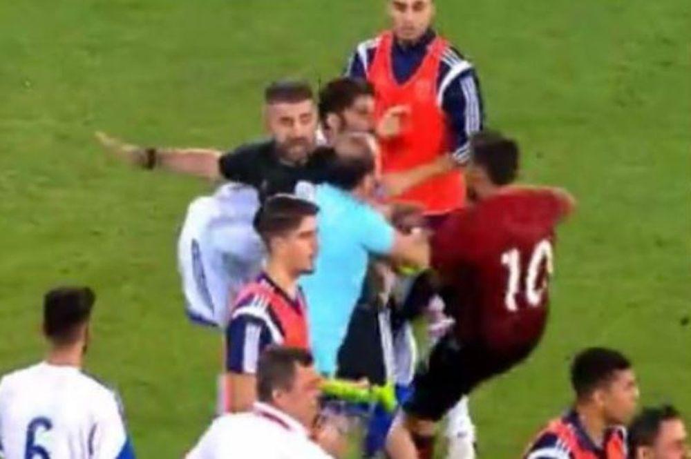 Τρελό ξύλο στο ματς της Τουρκίας με την Κύπρο! (video)