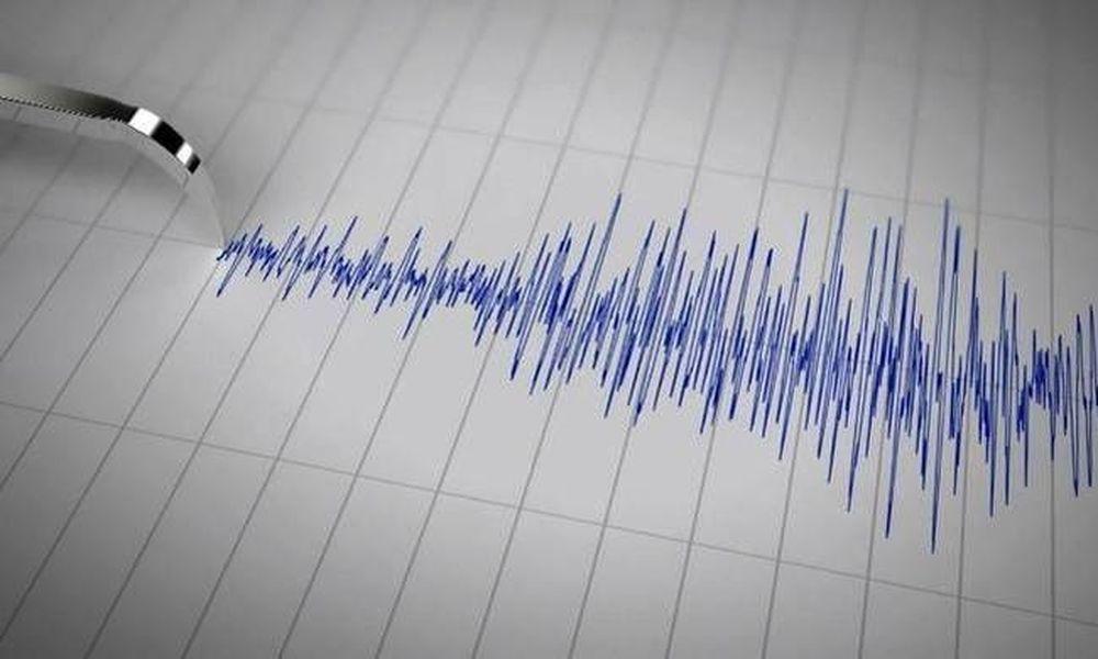 Ισχυρός σεισμός 5 Ρίχτερ στα Σκόπια (Pics)